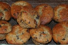 Banana chocolate chip muffins are a great dessert choice for the cabin. They are easy to make, taste great and travel well. Banana Chocolate Chip Muffins, Great Desserts, Easy Meals, Easy Recipes, How Sweet Eats, Yummy Eats, Muffin Recipes, Bagel, Breakfast