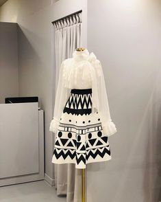 Workwear Fashion, Kpop Fashion Outfits, Ulzzang Fashion, Curvy Outfits, Classy Outfits, Korean Fashion, Korean Outfits, Fashion Dresses, Dress Outfits