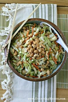 Asian Cabbage Slaw with Chicken and Roasted Cashews   #SoyFree #CleanEating #Cabbage