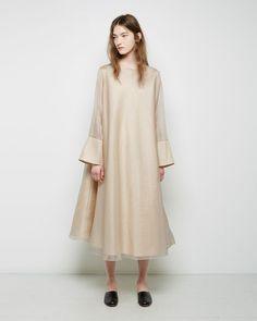 the row starc dress Modest Fashion, Hijab Fashion, Fashion Dresses, Looks Style, My Style, Ethno Style, Mode Simple, I Dress, Streetwear