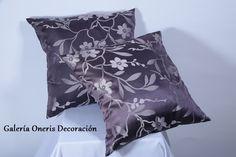 los cojines decorativos son los que le dan personalidad a tu sala inclúyelos en variedad de estampados y colores. https://www.kichink.com/stores/galeriaonerisdecoracion