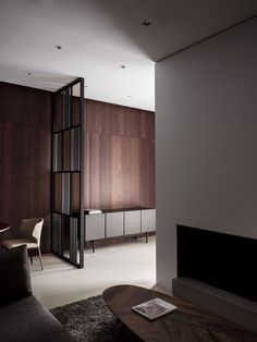 http://www.heycheese.com/73671/4479188/interior/js-js-designers-office