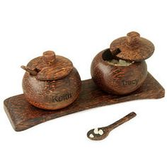 Hand Carved Mini Coconut Salt & Pepper Pot Server & Spoon - Spice up your next meal with this island S&P server set. Bamboo Crafts, Wood Crafts, Diy And Crafts, Mason Jar Crafts, Bottle Crafts, Coconut Shell Crafts, Condiment Holder, Coconut Bowl, Nativity Crafts