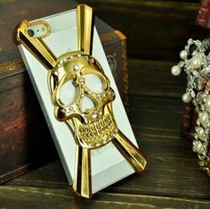 3D Bling Crystal Skull Head Case Cover For iphone 5 by Generic, http://www.amazon.co.uk/dp/B00DEZRQX2/ref=cm_sw_r_pi_dp_HSdbsb0MAQB2R