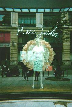 Marc Jacobs Paris, via J'ai une âme solitaire. Pretty Cool, Nice, Hello Beautiful, Boutique Shop, Life Is Good, Marc Jacobs, At Least, Classy, Material Things