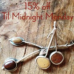 Only 2 days left for my Thanx Sale. Link in bio or DM me. Use coupon code: Thanx.  #roneprinzjewelry  #roneprinzstudio  #roneprinzjewelrysale #jewelryonetsy #jewelryoninstagram #naturejewelry #smallbusines #buyhandmade #buylocal #buyart #supportsmallbusiness #lovetocreate #cybermondaysale