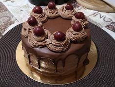 Egy kis édes finomság, amivel tényleg mindenkit el lehet bűvölni, mert annyira finom! hozzávalók Tészta: 2 db tojás, 175 g liszt, 1/2 cs. sütőpor, 100 g+ 40 g cukor, 0,75 dl tej, 0,75 dl olaj 18 cm tortaforma Krém: 2 … Egy kattintás ide a folytatáshoz.... → Tart, Food And Drink, Recipes, Pie, Tarts, Ripped Recipes, Torte, Cooking Recipes