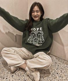 Aesthetic Vintage, Chanyeol, Christmas Sweaters, Thailand, Kpop, Celebrities, Women, Gw, Style