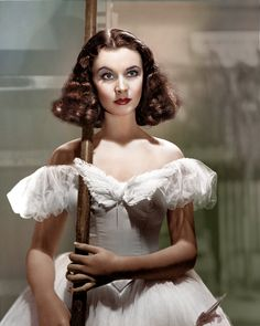 Vivien Leigh. One of the best recolours I've seen of this picture ^^