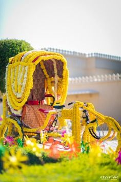 Quirky decorations for an Indian wedding. How cool is this cycle rickshaw? Maybe the groom will make his entrance on it.