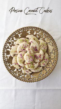 Baking Recipes, Cookie Recipes, Dessert Recipes, Persian Desserts, Ramadan Recipes, Ramadan Food, Middle Eastern Desserts, Princess Cookies, Eggless Baking