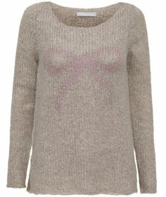 A Beau Bow! #pullover #fashion #winter #trends
