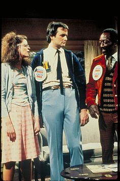 Todd and Lisa Hallowen Costume, Halloween Costumes For Teens, Best Of Snl, Gilda Radner, Bill Murray, Old Shows, Saturday Night Live, Tv Guide, Classic Tv