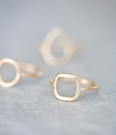 simple gold rings