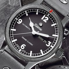 The Tutima Grand Classic Black undergoes a special hardening process that makes it exceptionally scratch-resistant.
