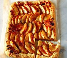 Baked Goat Cheese Apple Salad