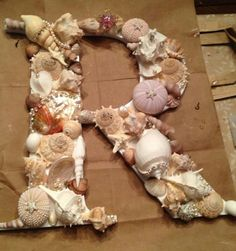Rylie's initial for her mermaid room.