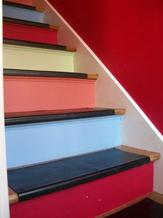 painted staircase Getting rid of that dirty, hard to clean carpet on our basement stairs. Trading it in for easy to clean color! Paint those wooden stairs! Open Basement Stairs, Modern Basement, Basement Ideas, Painted Stairs, Wooden Stairs, Stair Steps, Stair Railing, Staircase Design, Staircase Ideas