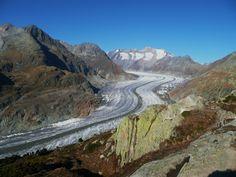 Arbeit mit einer Gruppe, in den Schweizer Bergen, direkt am Gletscher.