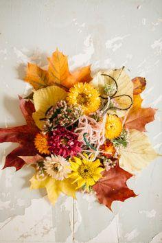 MUITAIHANIASYYSSUKAT ALUSTA LOPPUUN – MUITA IHANIA Floral Wreath, Wreaths, Knitting, Fall, Decor, Crocheting, Diy, Autumn, Dekoration