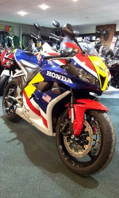 Honda cbr600rr freddie spencer rep
