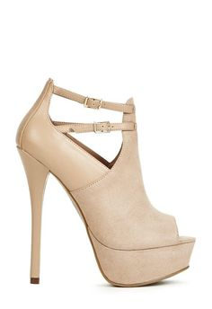 Sexy and chic, Clarabelle is the sandal heel you need this season! l JustFab
