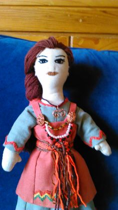 Viking girl. Primitive doll.Linen and wool, handmade by Alina Wodzińska