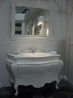 Repurposed furniture in the bathroom!  LUV!