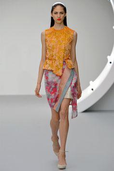 Michael van der Ham Spring 2013 Ready-to-Wear Fashion Show Fashion Week, Fashion Show, Fashion Design, Fashion Trends, Online Fashion Magazines, Fashion Beauty, Womens Fashion, Couture, Fashion Forward