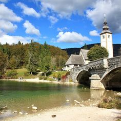 Did you know that Bohinj is the biggest lake in Slovenia? We are so happy to be here right now