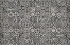 Prachtige patchwork tegels: tegels met verschillende patronen, gewaagde stijl maar rustig door de prachtige grijze kleurnuance.
