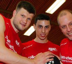 """Lotto King Karl wirft beim Basket Bowl - Benefiz-Spiel - Lotto King Karl und Sascha Dimitrenko gehören zu den Unterstützern des """"Basket Bowl""""."""