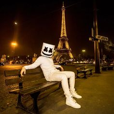 Credit to : Hopeless romantic 🙋🏼♂️ Dj Music, Music Is Life, Dj Alan Walker, Marshmello Wallpapers, Nothing But The Beat, Marshmello Dj, Romantic Gifts For Girlfriend, Itslopez, Dope Wallpapers