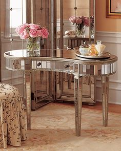 I love this table. This would be awesome in a dining room or foyer.