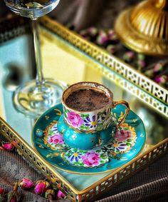 "23 Beğenme, 1 Yorum - Instagram'da @kahvesahane: ""@haticeninpastanesi  #kahve #kahvesunum #kahvebahane #gununkahvesi #kahvekeyfi #coffee #turkkahvesi…"""