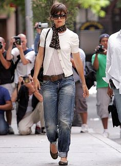 katie holmes street style - I need new jeans but have the rest.