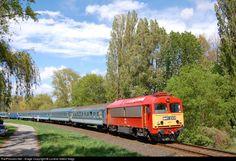 RailPictures.Net Photo: M41 2331 Hungarian State Railways (MÁV) M41 at Balatonalmádi, Hungary by Loránd Gábor Nagy