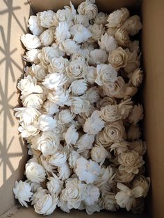 MOQ 10 in mixing quantity For 100 flowers Sola Wood Skin Creap Ball