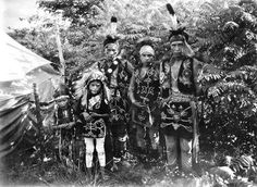 Indian Pictures: Winnebago Indian Children's Historic Picture Gallery