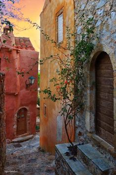 awesome photos of the world Monemvasia Greece, Greek Beauty, Vintage Italy, Greece Travel, Greek Islands, Places To See, Travel Inspiration, Beautiful Places, Vacation