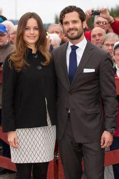 Pin for Later: 23 Célébrités Qui Vont Fêter Leur Toute Première Fête des Pères Le Prince Carl Philip  Le Prince Carl Philip et la Princesse Sofia ont accueilli leur premier enfant, Alexander Erik Hubertus Bertil, en Avril dernier.