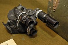 U.S. Army Signal Corps, Bell & Howell 35mm Eyemo 71-Q (PH-330-G) motion picture camera used during World War II. (focus finder/ winding side)