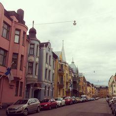 Huvilakatu - (pikkuseikkoja) | Lily.fi