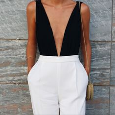 Clothes black and white casual chic 42 Ideas for 2019 Preppy Outfits, Classy Outfits, Summer Outfits, Cute Outfits, Fashion Outfits, Fashion Boots, Fashion Vest, Party Outfits, Jean Outfits