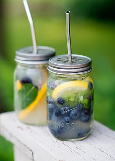 Mason Jar Beach Beverage from @bakedbree