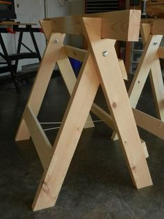 Folding sawhorse - Folding Sawhorses by Rex B @ LumberJocks com ~ woodworking community Popular Woodworking, Woodworking Bench, Woodworking Crafts, Woodworking Projects, Woodworking Classes, Woodworking Jigsaw, Woodworking Patterns, Woodworking Magazine, Woodworking Joints