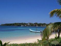 La Ceiba, Honduras- my prayers go to this beautiful place