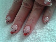 nails silver and red