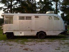 Spartan Motor home number Three! Bus Motorhome, Vintage Motorhome, Vintage Camper Interior, Vintage Rv, Vintage Campers Trailers, Camper Trailers, Camper Caravan, Diy Camper, Truck Camper
