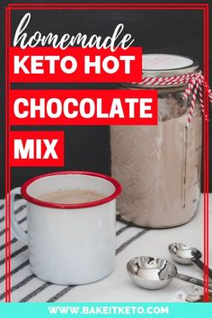 This is the best keto hot chocolate mix recipe to make and keep on hand! Just mix with water. So stinkin easy and made with heavy cream pow. Low Carb Drinks, Low Carb Desserts, Low Carb Recipes, Diet Drinks, Fun Drinks, Beverages, Healthy Recipes, Keto Holiday, Holiday Recipes
